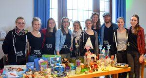 Die Mitglieder von Young Voices haben für die Veranstaltung in Ketzberg den größten Teil der Organisation allein auf die Beine gestellt. (Foto: © Martina Hörle)