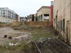 Das ehemalige Olbo-Gelände wurde 2007 von der Graf von Thun und Hohenstein Veith KG erworben. Ursprünglich sollte dort ein Einkaufscenter entstehen. Passiert ist seitdem wenig. (Foto: © Bastian Glumm)