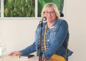 Cordula Scheffels ist Vorstandsvorsitzende des Palliativen Hospiz Solingen e.V.. (Foto: © Bastian Glumm)