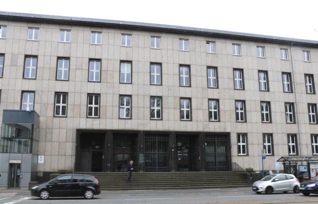 Das Polizeipräsidium in Wuppertal. (Archivfoto: © Bastian Glumm)