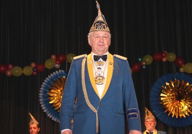 Joachim Junker ist Präsident und 1. Vorsitzender der Prinzengarde Blau-Gelb Ohligs sowie Vorsitzender des Festausschusses Solinger Karneval. (Archivfoto: © Bastian Glumm)