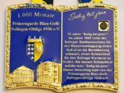 In der Gaststätte Hitzegrad präsentierte die Prinzengarde Blau-Gelb Solingen-Ohligs jetzt ihren neuen Sessionsorden, der gleich zwei Jubiläen würdigt. (Foto: © Prinzengarde Ohligs)
