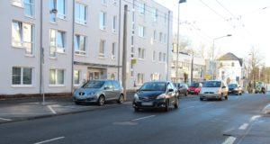 Die Querungshilfe auf der Friedrichstraße kommt, ab kommender Woche sollen dazu die Bauarbeiten beginnen. (Archivfoto: © Bastian Glumm)