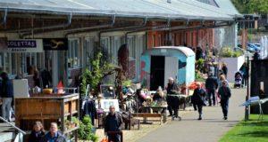 Am Samstag laden die Künstler des Südparks zu einem kunterbunten Flohmarkt ein. (Archivfoto: © Martina Hörle)