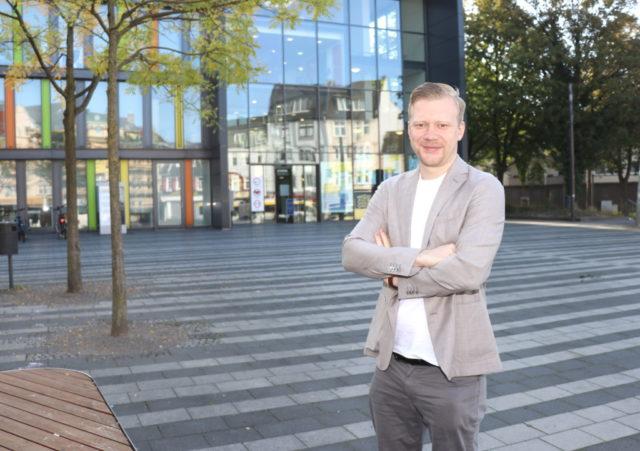 Raoul Brattig möchte Solinger Oberbürgermeister werden, der 28-Jährige tritt am kommenden Sonntag bei den Wahlen an. (Foto: © Bastian Glumm)