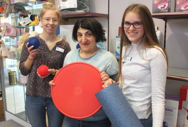 Ab dem 19. März darf im Sanitätshaus Köppchen jedes Produkt einmal ausprobiert werden. Die Mitarbeiterinnen des Hauses freuen sich auf viele Besucherinnen und Besucher. (Foto: © Bastian Glumm)