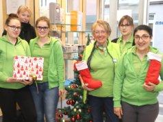 Das Team des Sanitätshaus Köppchen freut sich zum Last-Minute-Geschenkeshopping am Donnerstag auf viele Besucher. (Foto: © Bastian Glumm)