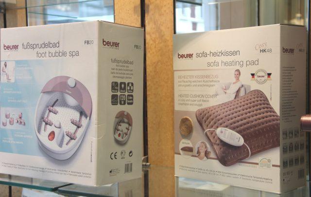 Nachlässe in Höhe von zehn Prozent gibt das Sanitätshaus Köppchen auf Miederwaren und auch auf Produkte der Firma Beurer. Der Wintersale läuft noch bis zum 14. Februar. (Foto: © Bastian Glumm)