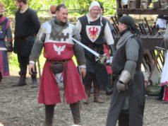 Heute und morgen laden die Georgs Ritter auf Schloss Burg ein und präsentieren wieder ein mittelalterliches Spektakel für Jung und Alt. (Archivfoto: © Martina Hörle)
