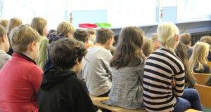 Für das kommende Schuljahr 2019/2020 werden fünf neue OGS-Gruppen eingerichtet. Diesen Vorschlag haben der Oberbürgermeister, die Kämmerei, das Gebäudemanagement sowie die Schulverwaltung nach intensiven Beratungen in den vergangenen Wochen und Monaten erarbeitet. (Foto: © Bastian Glumm)