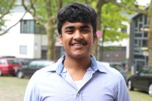 """Der Solinger Schüler Netusan Neethirajah Vairamuthu (15) wurde zum """"Junior-Botschafter"""" ernannt. (Foto: © Bastian Glumm)"""