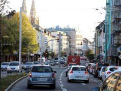Die Konrad-Adenauer-Straße ist die Hauptverkehrsachse in der Solinger Innenstadt. (Foto: © Bastian Glumm)