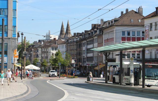 """Leerstände, verwaiste Clemens-Galerien und viel Konkurrenz im Umland. Wie soll es mit der Solinger Innenstadt weitergehen? Mit einer """"Zukunftsoffensive"""