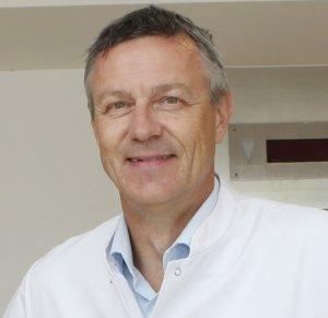 Dr. Volker Spartmann ist Chefarzt der Geriatrie an der St. Lukas Klinik. (Foto: © Kplus Gruppe)