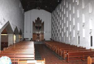 """Das Innere der Löhdorfer Liebfrauenkirche. Junge Pfadfinder des """"Stamm Tenkterer"""" orientierten sich penibel am Original... (Foto: © Bastian Glumm)"""