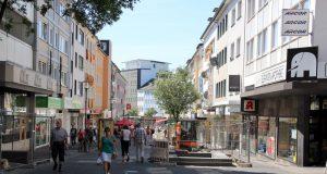 Wie attraktiv ist der Standort im bergischen Städtedreieck für Gewerbetreibende? Das fragte die IHK jetzt 737 Betriebe in Solingen, Remscheid und Wuppertal. (Archivfoto: B. Glumm)