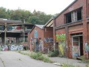 Viel wird von der alten Bausubstanz der ehemaligen Firma Rasspe nicht übrigbleiben. Demnächst werden in Stöcken die Abrissbagger ans Werk gehen. (Foto: © Bastian Glumm)