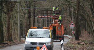 """Sturmtief """"Friederike"""" beschädigte Obus-Leitungen in Solingen. Diese bleiben heute stromlos. (Archivfoto: © Bastian Glumm)"""