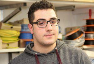 Der 21-jährige Mohammed Ammar Dahrouj kam vor zwei Jahren aus Syrien nach Solingen. Im Sommer 2018 wird er bei den Technischen Betrieben eine Ausbildung zum Elektrotechniker beginnen. (Foto: © Bastian Glumm)