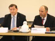 Oberbürgermeister Tim Kurzbach (li.) und Ordnungsdezernent Jan Welzel am Mittwoch im Rathaus. (Foto: © Bastian Glumm)