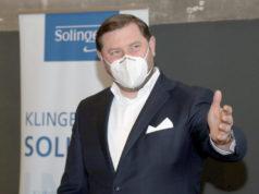 Mit deutlichen Worten kritisiert Solingens Oberbürgermeister Tim Kurzbach das Land Nordrhein-Westfalen, das in seiner Impfpolitik keine gute Figur mache. (Foto: © Bastian Glumm)