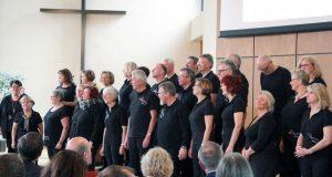 Der Gospelchor unisono tritt am Samstag gemeinsam mit den Young Voices auf. Die beiden Chöre laden ein zum Gospelbenefiz in die Kapelle Bethanien. (Archivfoto: © B. Glumm)