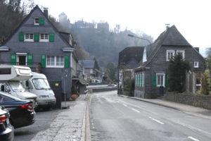 Die Eschbachstraße muss für diie etwa einwöchige Bauzeit nicht gesperrt werden. (Foto: © Bastian Glumm)