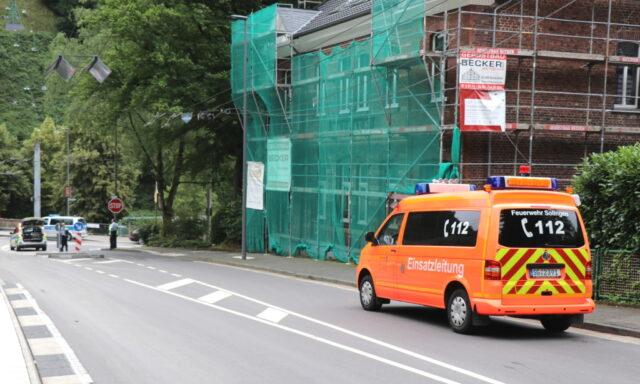 Am Mittwoch und Donnerstag wird die Sperrung nach Unterburg aufgehoben. Dann können die Burger auch wieder mit dem PKW bis zu ihren Wohnhäusern vorfahren. (Foto: © Bastian Glumm)