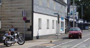 Zu einem schweren Verkehrsunfall mit einem Motorrad kam es am Samstagnachmittag gegen 16.10 Uhr auf der Grünewalder Straße in Höhscheid. (Foto: © Das SolingenMagazin)