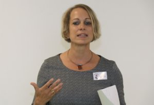 Claudia Hagemann ist Vorstandsvorsitzende des Trägervereins der Pinocchio-Einrichtungen in Solingen. (Foto: © Bastian Glumm)