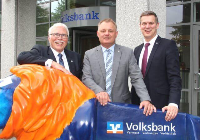 Die Vorstände der Volksbank im Bergischen Land (v.li.) Lutz Uwe Magney, Andreas Otto und Hardy Burdach. (Foto: © Bastian Glumm)