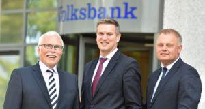 Bilden den Vorstand der künftigen Volksbank im Bergischen Land (v.l.): Lutz Uwe Magney, Hardy Burdach und Andreas Otto (Vorstandsvorsitzender). (Foto: © Volksbank/Nico Hertgen)