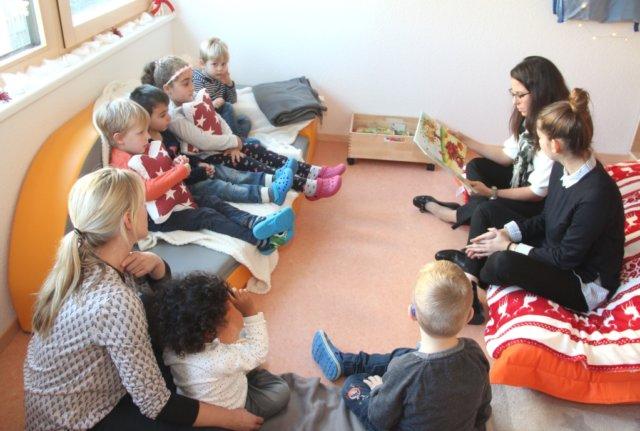 Beim Bundesweiten Vorlesetag wurde gestern in ganz Deutschland vorgelesen, auch in Solingen gab es zahlreiche Aktionen in Kitas und Schulen. Wie hier in der Kita