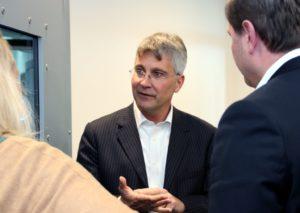 Thomas Fürst will den Standort in Solingen ausbauen und plant, weitere 200 Mitarbeiter einzustellen. (Foto: © B. Glumm)