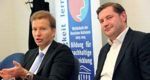 Oberbürgermeister Tim Kurzbach (re.) und Kämmerer Ralf Weeke. (Archivfoto: © Bastian Glumm)