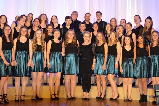 Nach einem Jahr Pause präsentiert der Jugendchor Young Voices sein neues Programm und lädt ein zu zwei Konzerten am 17. und am 18. März. (Foto: © Young Voices)